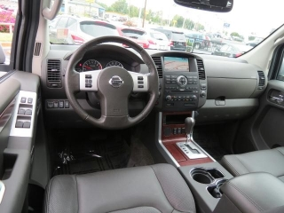 Buy My: 2011 Nissan Pathfinder LE SUV