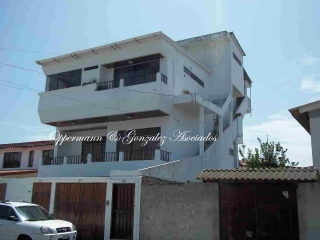 Opportunity B & B / Hotel for sale in Bahia de Caraquez,