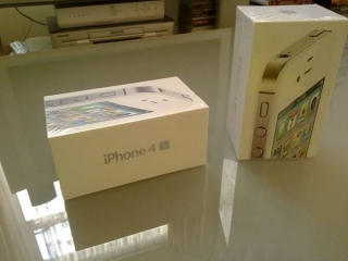 For Sell :: Apple Iphone 4s 64gb/32gb/16gb/blackberry Porsche Design P9981