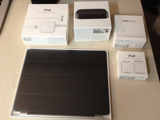 New Unlocked Apple Iphone 4s 64gb&32gb & New Apple Ipad 3 4g 32gb