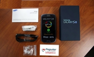 For Sale: Samsung Galaxy S3 III I9300 Unlocked QuadBand Smartphone $350USD