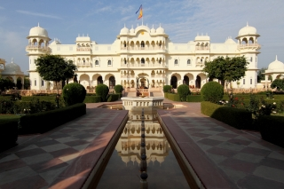 Explore Indian Cultural Heritage while Staying at Heritage Hotels of India