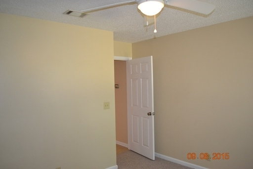 Bright Hinesville, 3 bedroom, 2 bath for rent