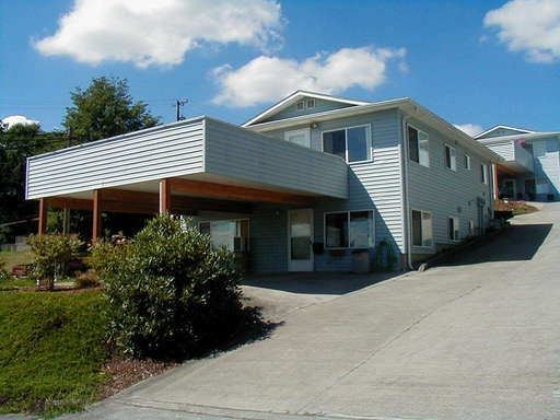 2BD Duplex Close to Downtown Camas