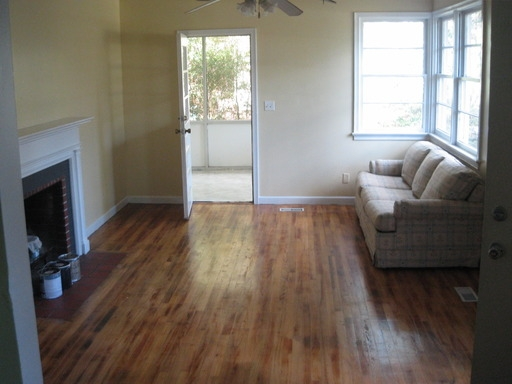 Super Nice 21 - Original Hardwood Floors, Updated Appliances, Fence - Quiet Neighborhood