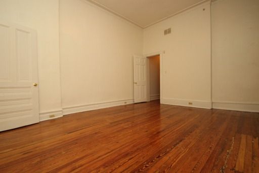 Mid-Town Belvedere 1bd1ba in Great Location Available