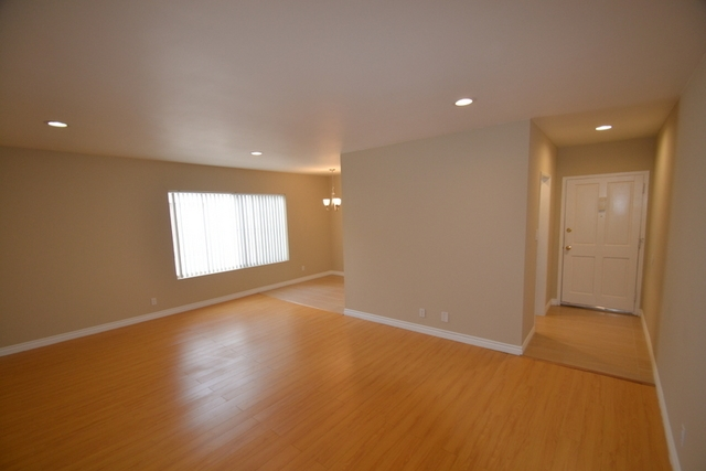 Large completely remodeled upper 1 bed.