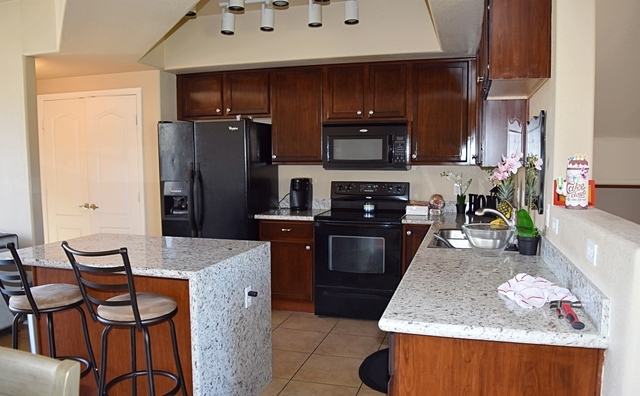 Resort style living in the popular Village condominiums near ASU