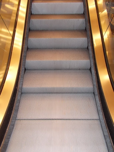West Coast Escalator Cleaning is leading to serve the United States.