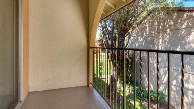 1 bedroom Apartment in Quiet Building - Sunnyvale