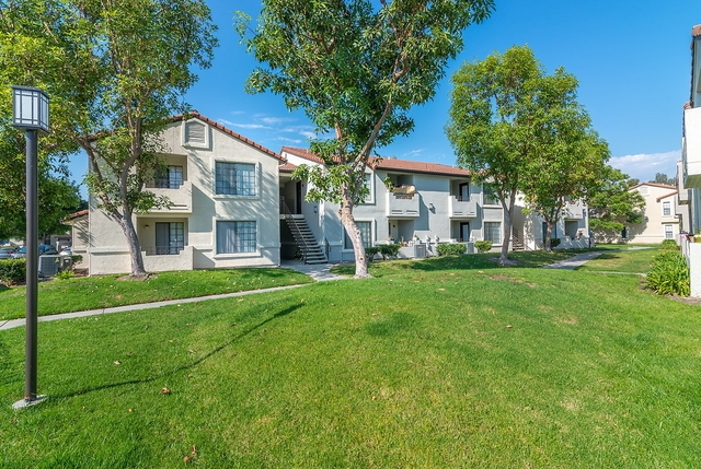 1 bedroom - The Niguel Apartments in Laguna Niguel. Pet OK!