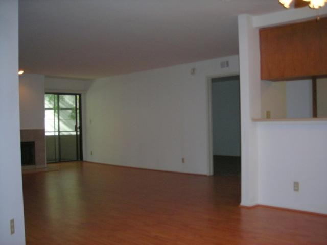 Gorgeous Los Angeles, 2 bedroom, 2 bath