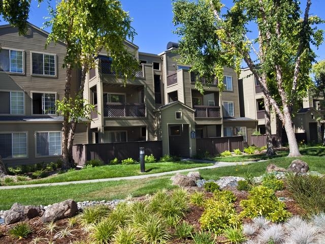 Set in County, we welcome you to eaves Pleasanton. Single Car Garage!