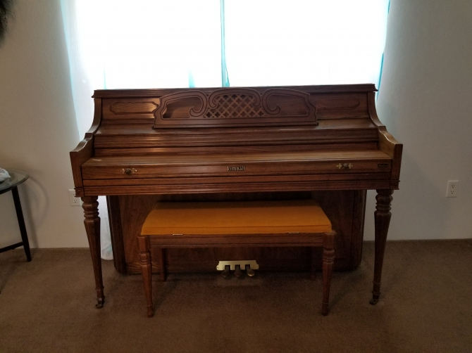 Like New Full Size Piano