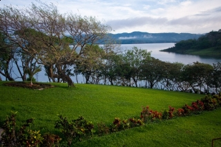 COSTA RICA Lakefront House Just Reduced To $390,000 YesArenal.com