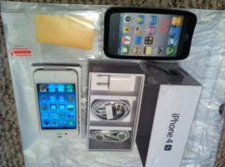 Selling :: Apple Iphone 4s 64gb/32gb/16gb/bb Porsche Design P9981